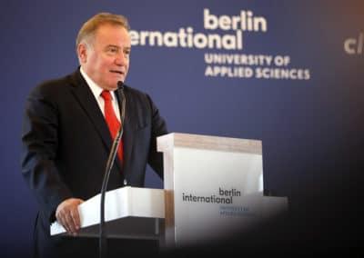 Gründer des internationalen Hochschulnetzwerk BAU Global, Herr Enver Yücel