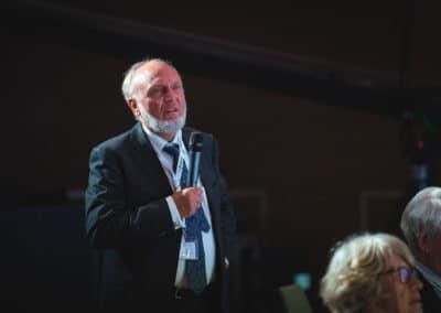 Hans Werner Sinn, ifo Institut am Mikrofon