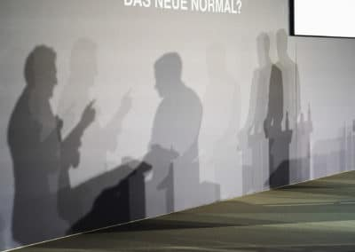 Podium Schatten auf der Bühne